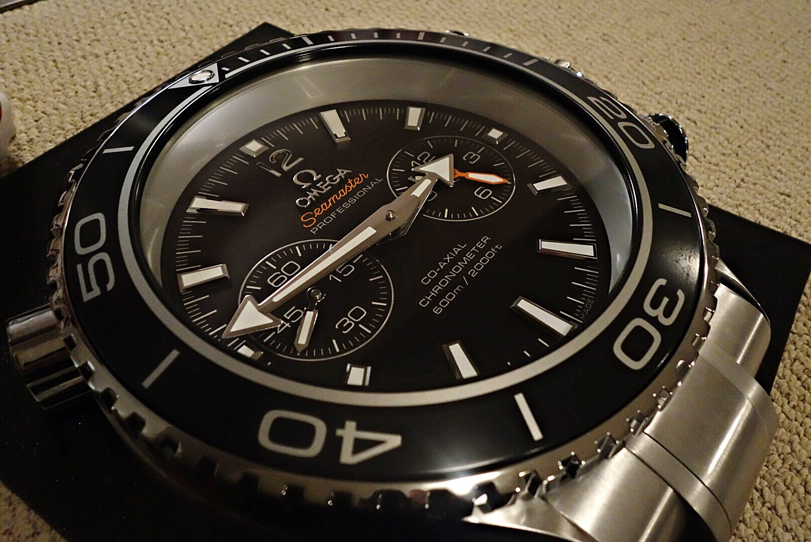 For the real Omega collectionneur, Speedmaster wall clock   Omega ...