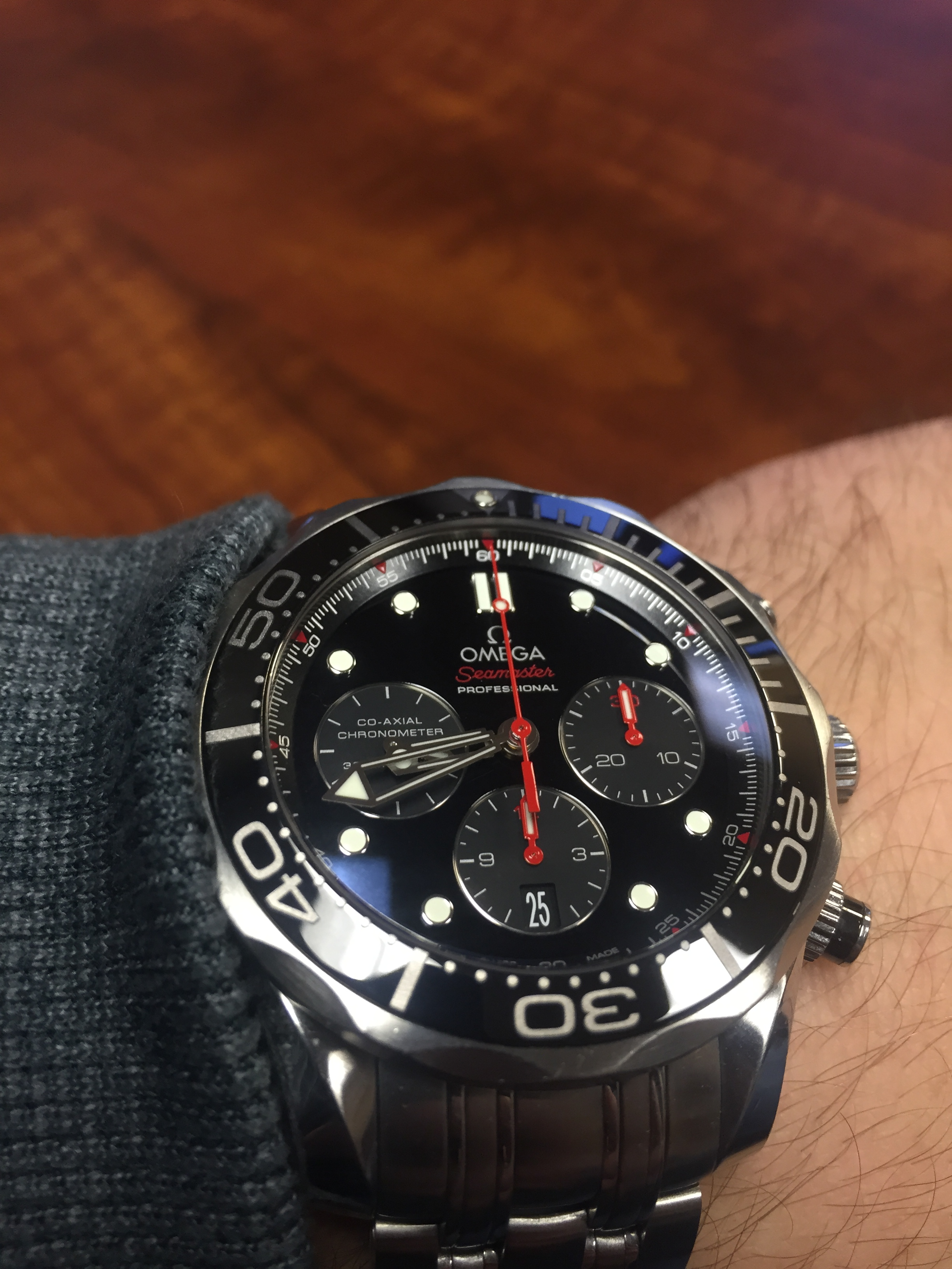 3eb6a8f187e0 The ceramic bezel makes a huge difference