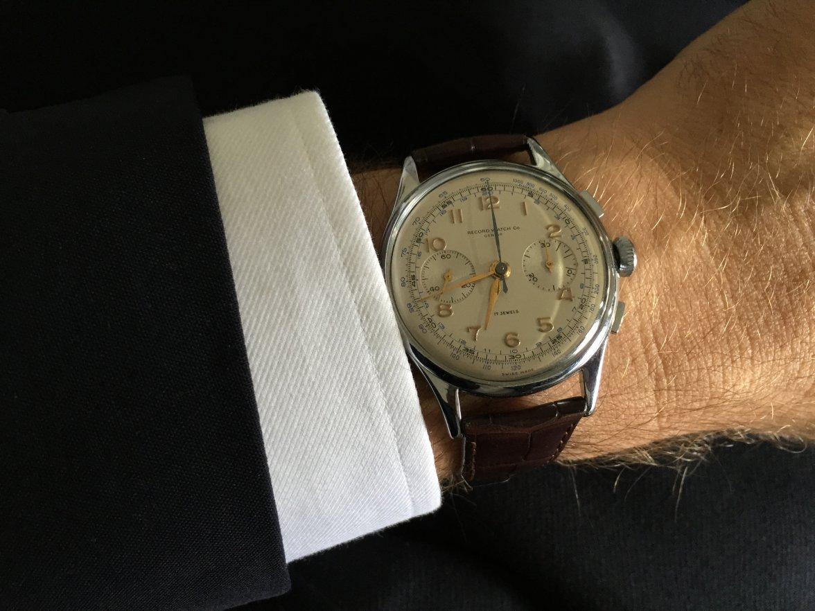 Теперь каждый клиент нашего интернет-магазина имеет возможность приобрести  чтобы часы рекорд стандарт стали вашими любимыми часами, дизайнеры этой марки приложили немало усилий.