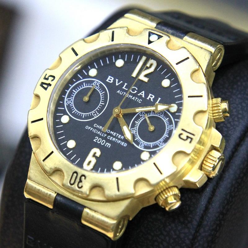 b00cfb87135 FS - Bvlgari Diagono Scuba SC 38 G Chronometer Automatic 18kt Yellow ...