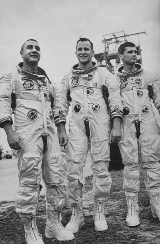astronauts apollo 1 - 515×784