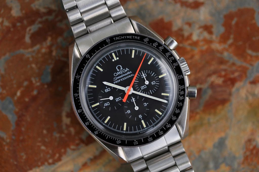 Sold 1994 Omega Speedmaster Professional Moon Watch 3590
