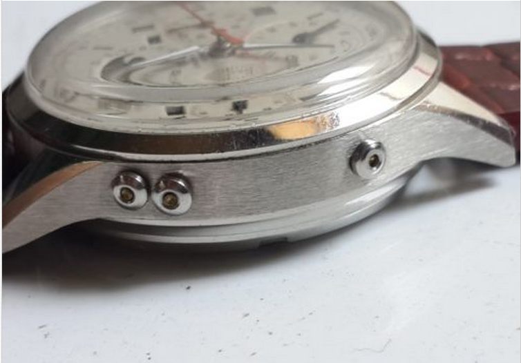 how to spot a fake omega watch
